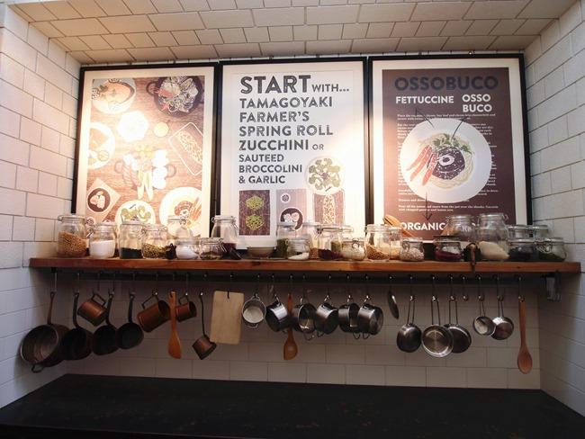 │台北。中正區│新開幕必訪。產地直送的有機鮮美「 農人餐桌親子餐廳」。小農大廚鮮體驗