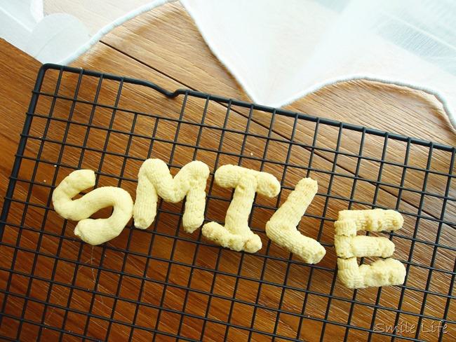 │食譜│認識ABC邊吃邊學。字母餅乾 好玩又好吃 寶寶副食品