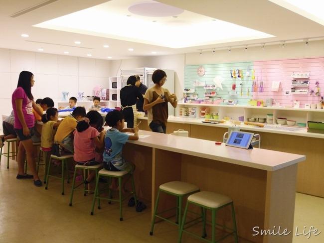 │台北。大安區│新開幕「焙客樂園Baker Land」親子烘焙教室。DIY蛋糕、甜點、餅乾、馬卡龍
