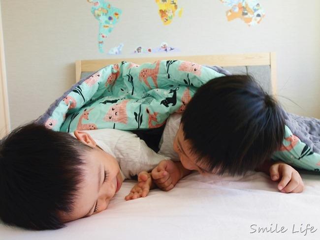 【10/31開團預告】防蹣兒童寢具推薦-波蘭La Millou拉米洛。豆豆毯、針織篷篷衣、防踢背心、天使枕、推車座墊…