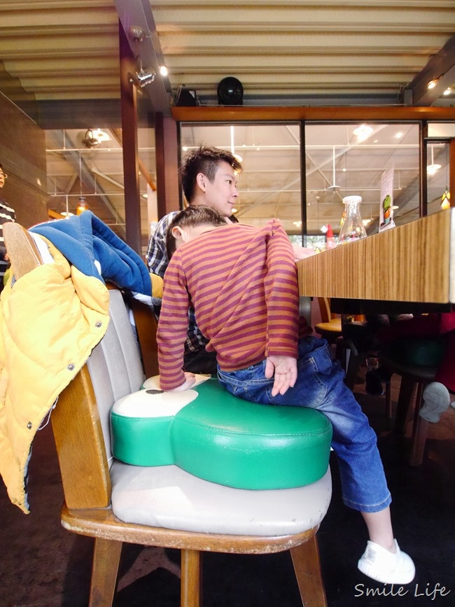 ▌食。宜蘭▌激推「綠海咖啡親子餐廳」中/西料理都美味。親切店員讓店充滿了溫度