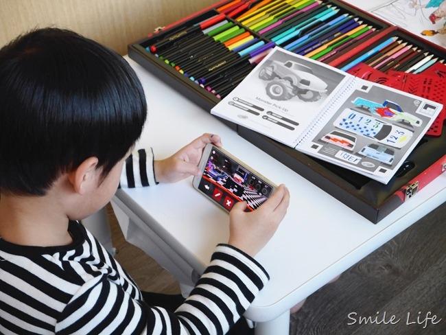 美國crayola繪兒樂 3D魔法書。彩繪設計師直接走進極速3D虛擬實境變身賽車手