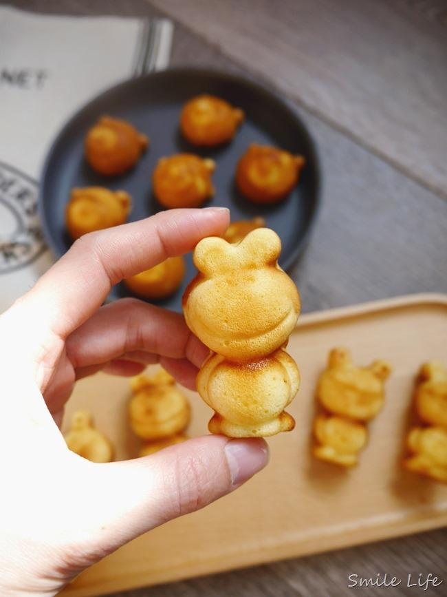 ▌烘焙食譜▌ 秒殺放學點心。MIT鑄鐵盤造型古早味雞蛋糕DIY