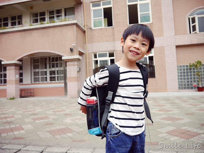 ▌育兒▌好康爆料!小學生UnMe護脊上學書包。UnMe 2017新上市全球限量款-UnMe如虎添翼驚奇箱