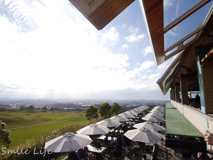 ▌桃園▌星海之戀景觀咖啡館。除了夕陽美景、還能看飛機起降…白天夜裡都好美!