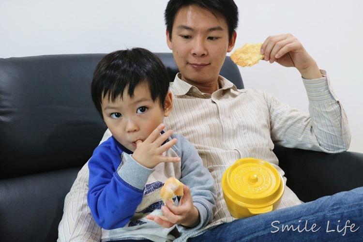 ▌食譜▌孩子想吃甜甜圈,只要喇一喇「免油炸甜甜圈」自己在家輕鬆作▌食譜▌孩子想吃甜甜圈,只要喇一喇「免油炸甜甜圈」自己在家輕鬆作