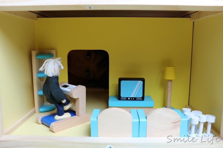 愛兒館2017木玩全新登場。 空間美學「百變夢想家娃娃屋」當屋子的小主人
