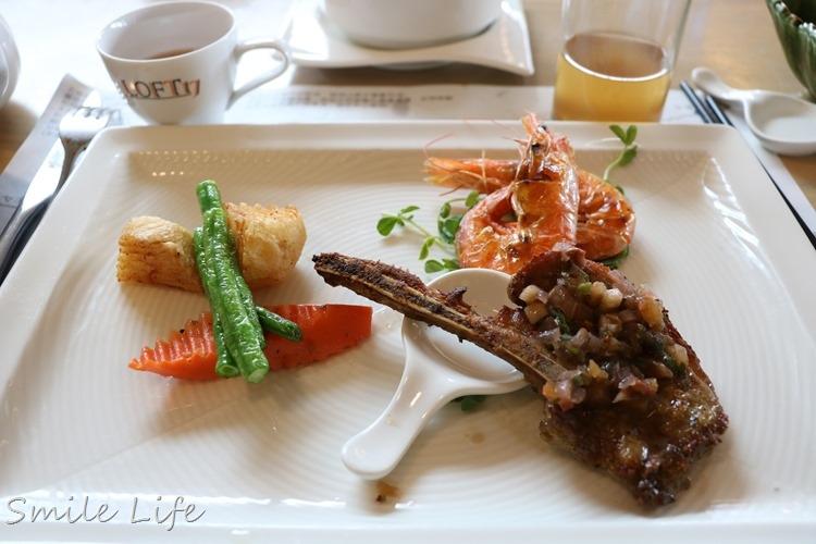 ▌新北市石碇▌隱居山林「LOFT17森活休閒園區」離天空最近的景觀餐廳。餐點精緻美味
