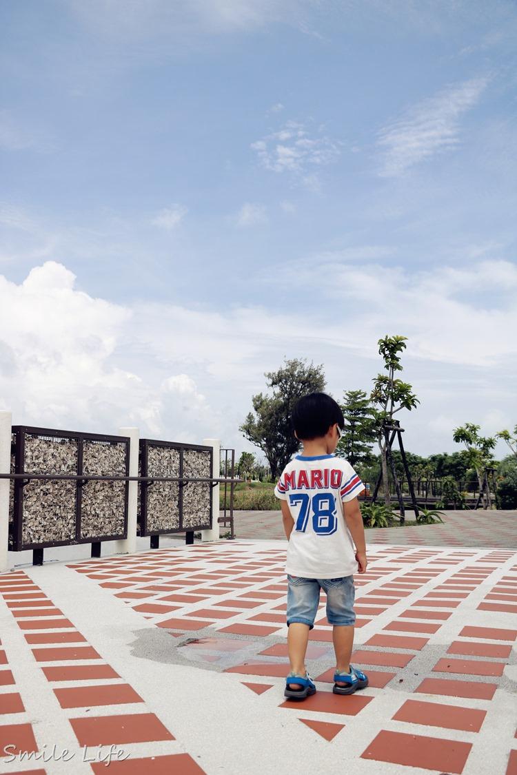 ▌台南景點▌ 熱門打卡景點。台江國家公園夢幻白色水上高腳屋