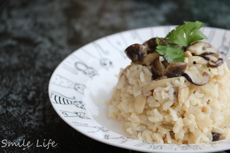 ▌副食品食譜▌5分鐘快速料理。寶寶版「松露野菇奶油燉飯」