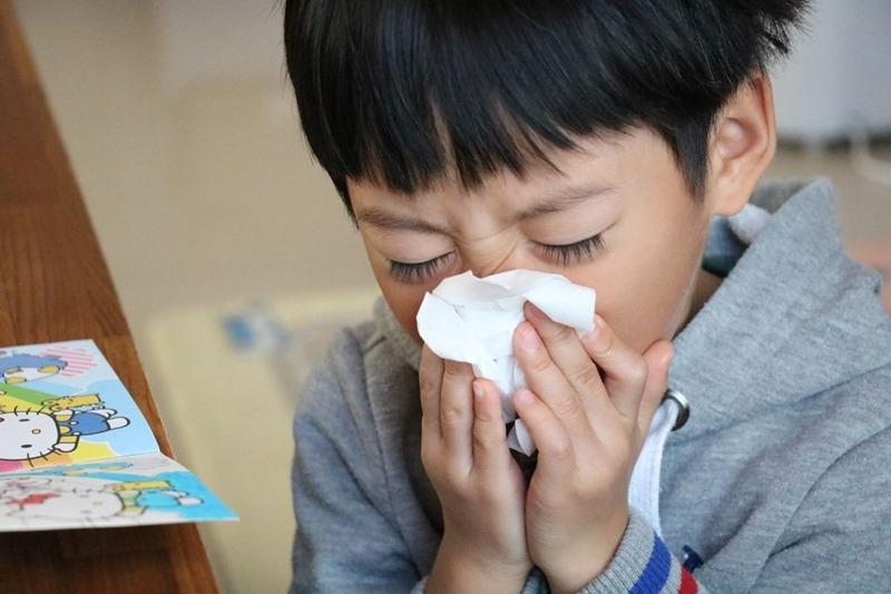小敏兒緩解鼻塞、不用洗鼻、不用吃藥的舒鼻法|6M寶寶到成人都能使用的「德國Babix-Inhalat N 天然舒鼻鼻塞精油」