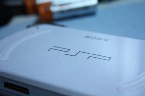 背面 PSP Logo