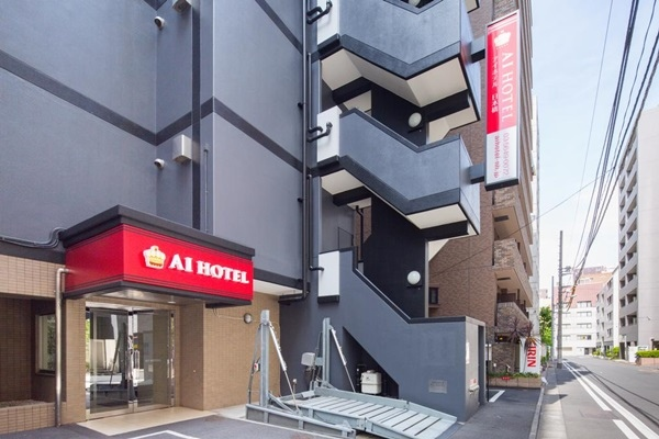 AI飯店門口
