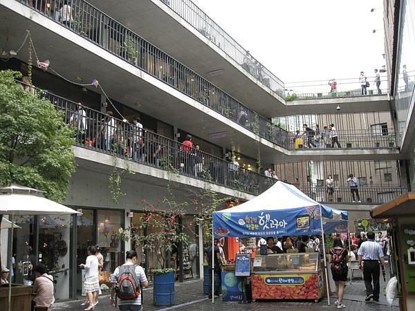 mall內部