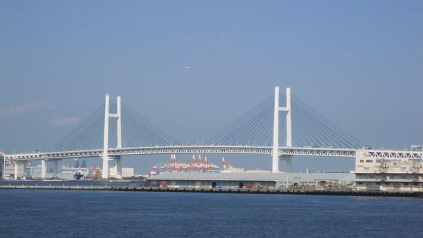 橫濱彩虹大橋