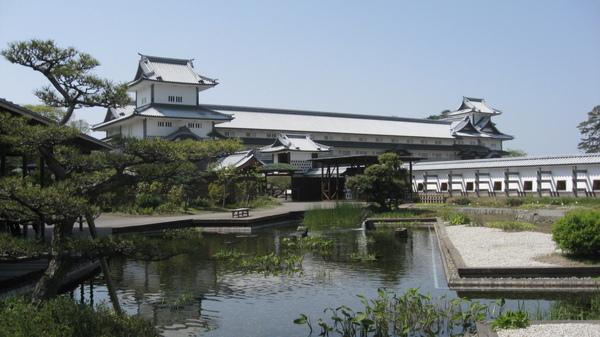 鶴之丸廣場