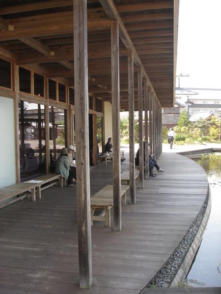 鶴之丸廣場休息區