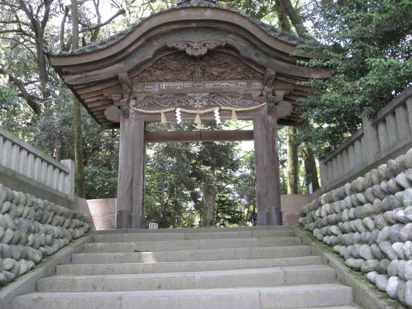 尾山神社東門