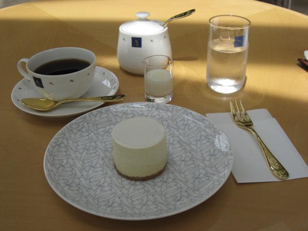 MIHO美術館的蛋糕套餐
