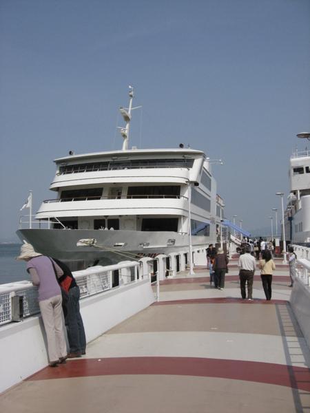 琵琶湖遊湖船