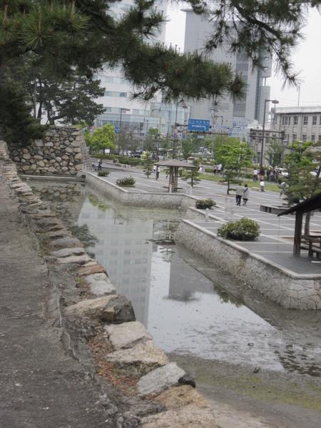 北門口護城河