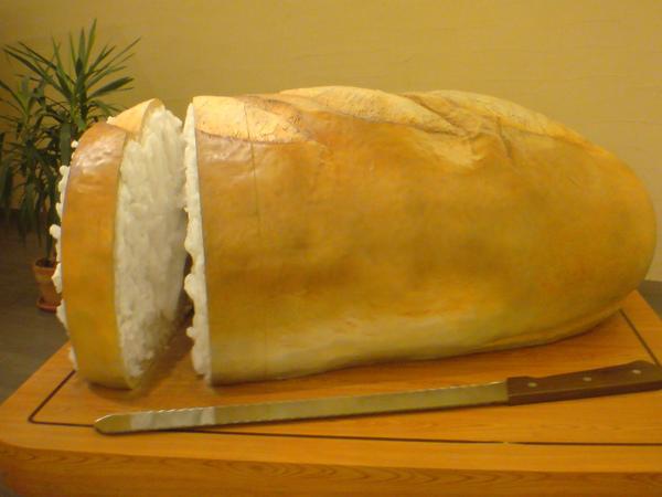 巨大法國麵包