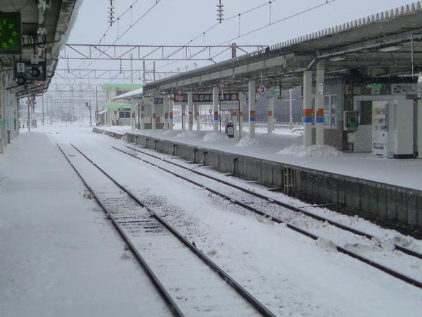 積雪的鐵道