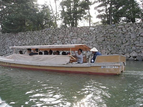 坐船遊河去~
