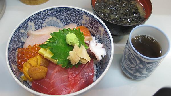 生魚片ㄉㄨㄥˋ飯