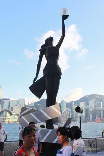 2011090303 2011香港二度血拼自由行(6)星光大道不認識的明星真多