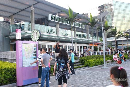 2011090324 2011香港二度血拼自由行(6)星光大道不認識的明星真多