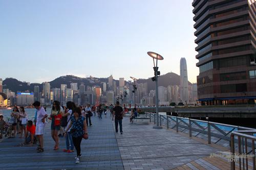 2011090326 2011香港二度血拼自由行(6)星光大道不認識的明星真多