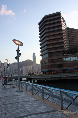 2011090327 2011香港二度血拼自由行(6)星光大道不認識的明星真多