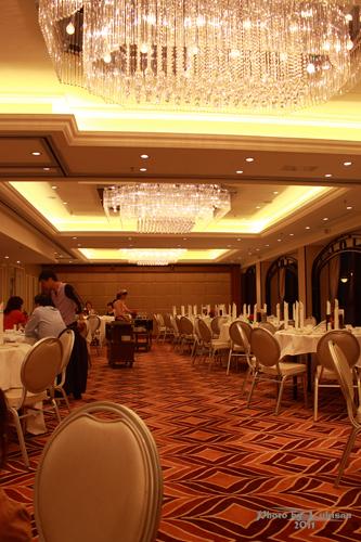 2011091206 2011香港二度血拼自由行(7)映月樓晚餐真美味
