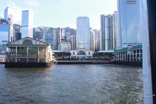 2011113003 2011香港二度血拼自由行(14)天星小輪橫渡維多利亞港