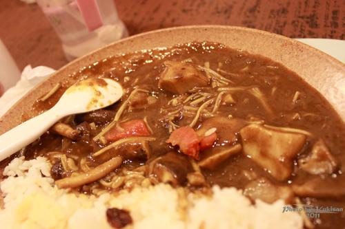 2011021710高雄美食:咖哩事典