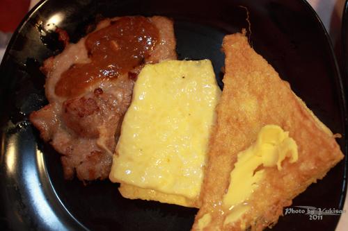 2011033117 2011香港探親血拼自由行(8)油麻地閒逛到旺角、味皇餐廳小廚港式早餐