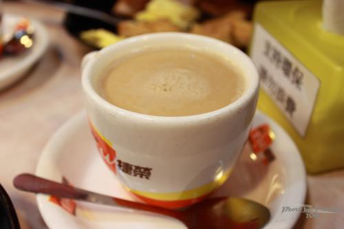 2011033118 2011香港探親血拼自由行(8)油麻地閒逛到旺角、味皇餐廳小廚港式早餐