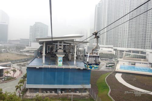 2011042015 2011香港探親血拼自由行(19)昂坪360纜車
