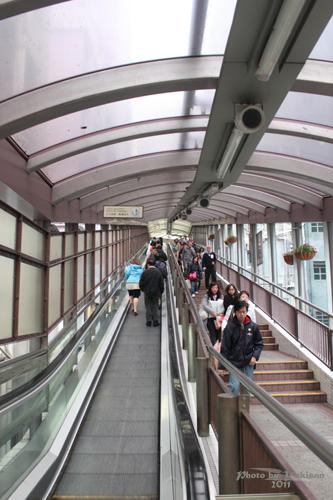 2011040201 2011香港探親血拼自由行(10)重慶森林@中環半山自動扶梯