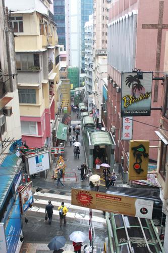 2011040206 2011香港探親血拼自由行(10)重慶森林@中環半山自動扶梯