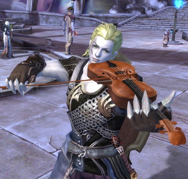 艾瑞恩拉小提琴.jpg