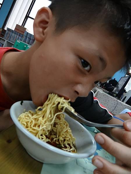 20150608素食泡麵 (3)
