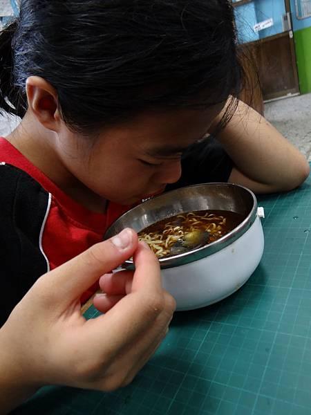 20150608素食泡麵 (2)