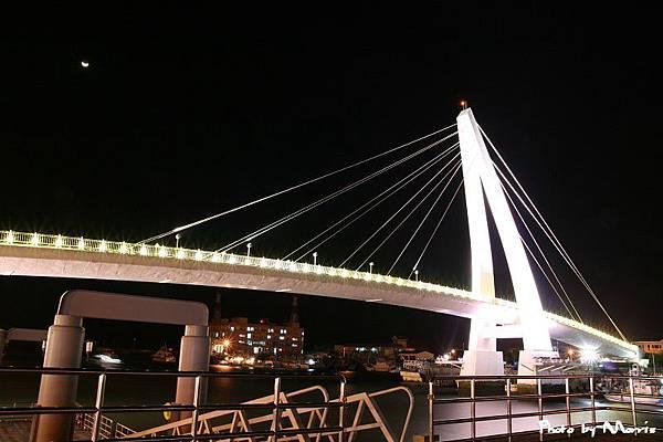 淡水漁人碼頭白色情人橋 (6).jpg