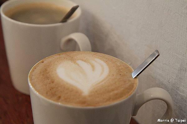 merci cafe (19)