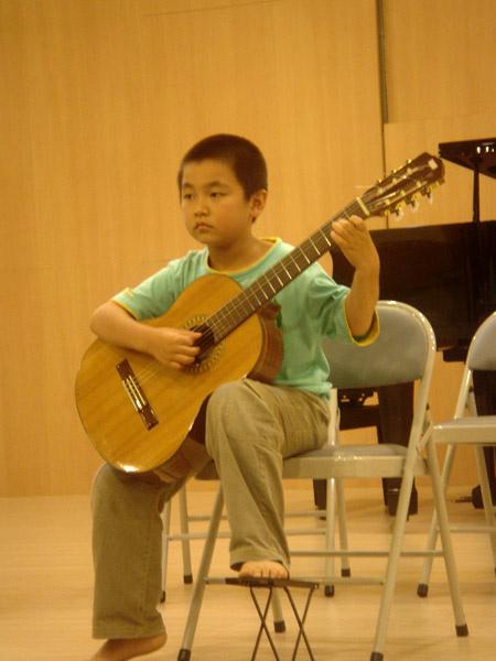 赤腳小吉他手
