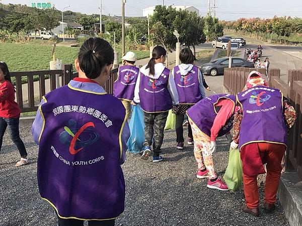 20171028打掃蔗埕鐵馬道_171030_0031.jpg