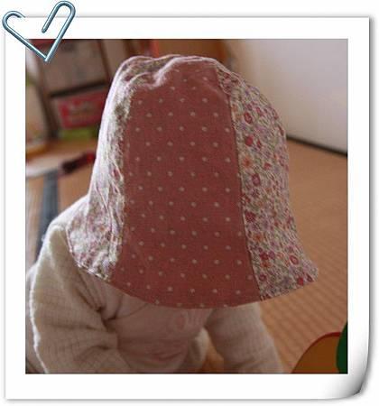 hat2.2