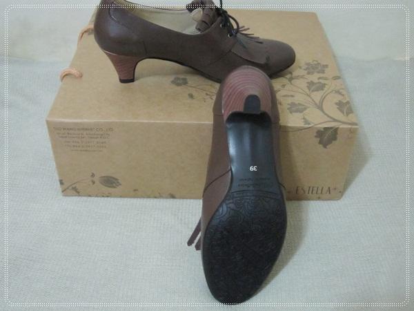 ESTELLA全真皮流蘇綁帶低跟踝靴10.JPG
